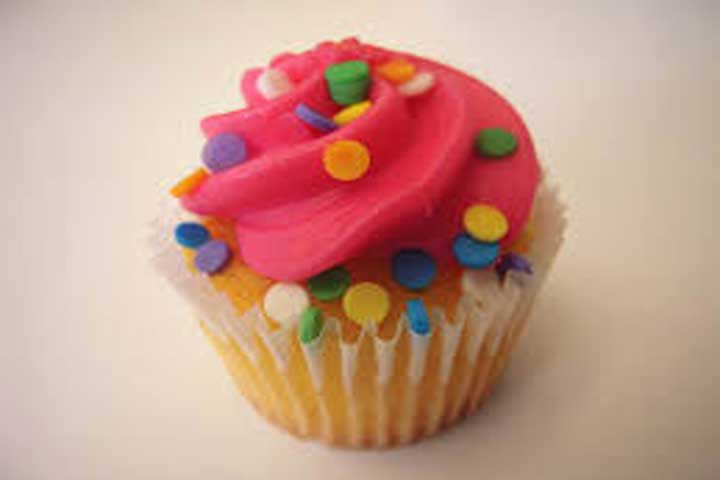 Play Dough Cupcakes