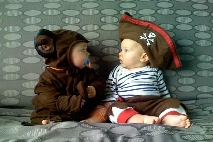 Playtime With Other Babies Will Make Your Baby More Social