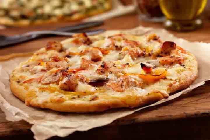 Chicken Pineapple Mini Bread Pizza