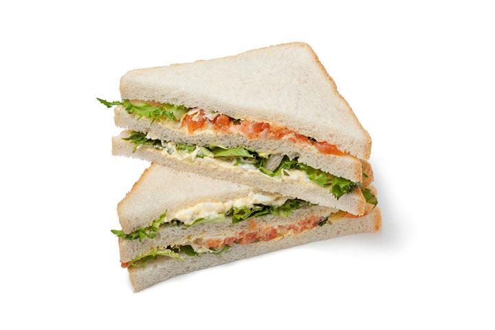 Healthy Egg Salad Sandwich