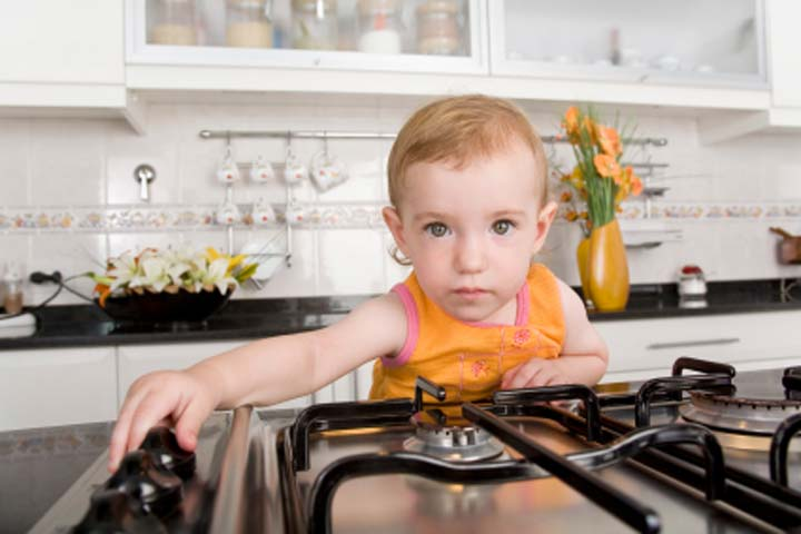 Be Sure to Teach Your Kid About Safety Rules in the Kitchen