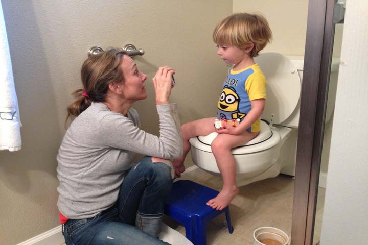 Praise Your Child While Using The Toilet