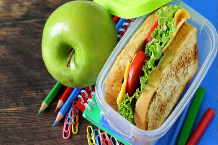 Put Careful Thoughts & Planning Into Your Kid's Packed Lunch