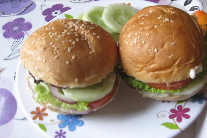 Healthy Mini-Chicken Burgers