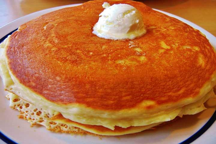 Yummy Rainbow Pancakes