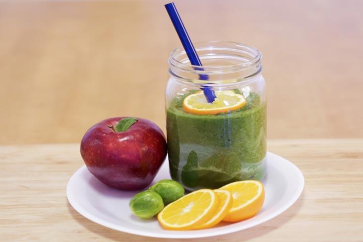 Kale, Pala and Apple Juice