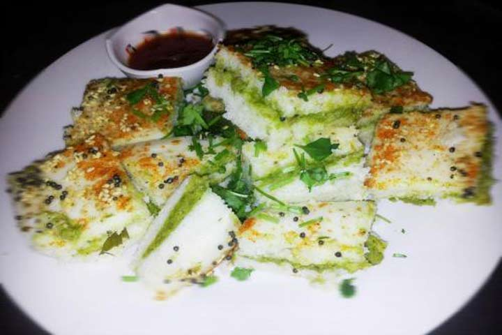 Delicious Bread Dhokla