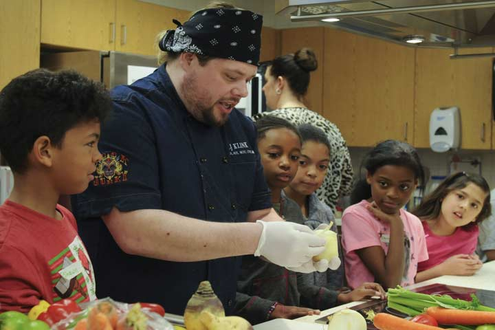 Set A Good Example And Involve The Kid In Fun Cooking