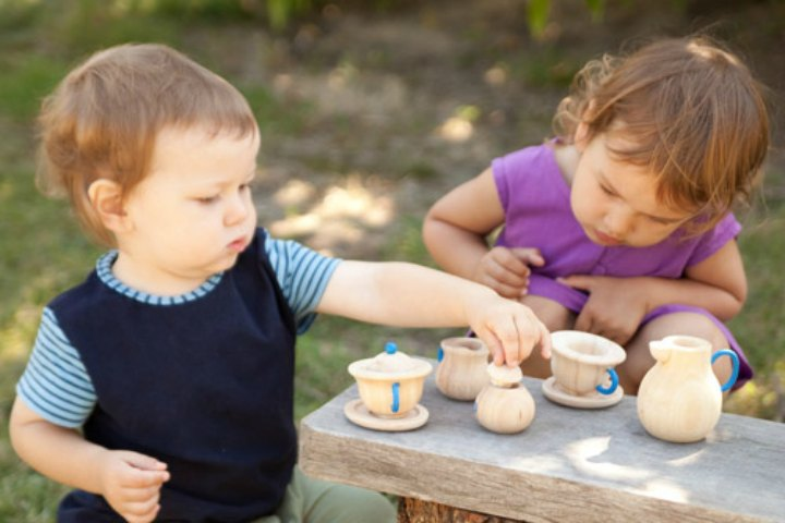 Benefits Of Imaginative Play!