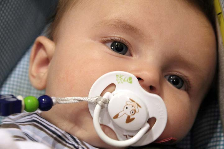 Pacifier In Your Sleeping Baby's Mouth- Is It Right?