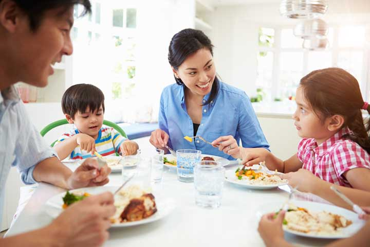 Quick Tip To Improve Bonding With Your Child Over Mealtime