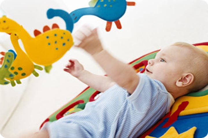 Your Baby's Hand-Eye Coordination Is Improving Now