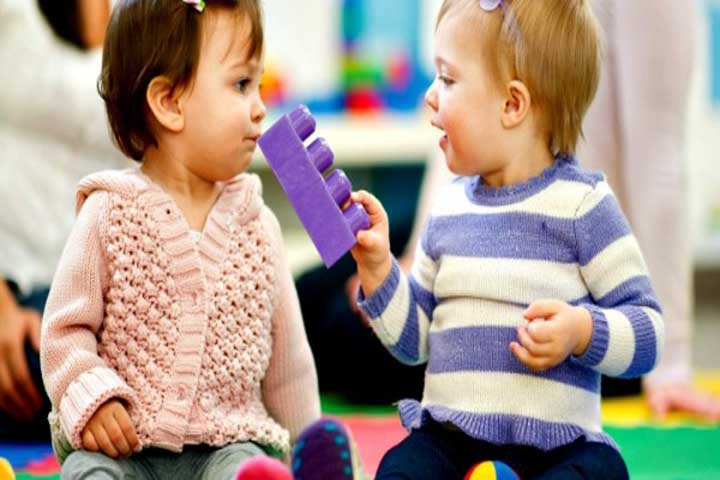 Making Your Kid Learn The Concept Of Sharing With Different People